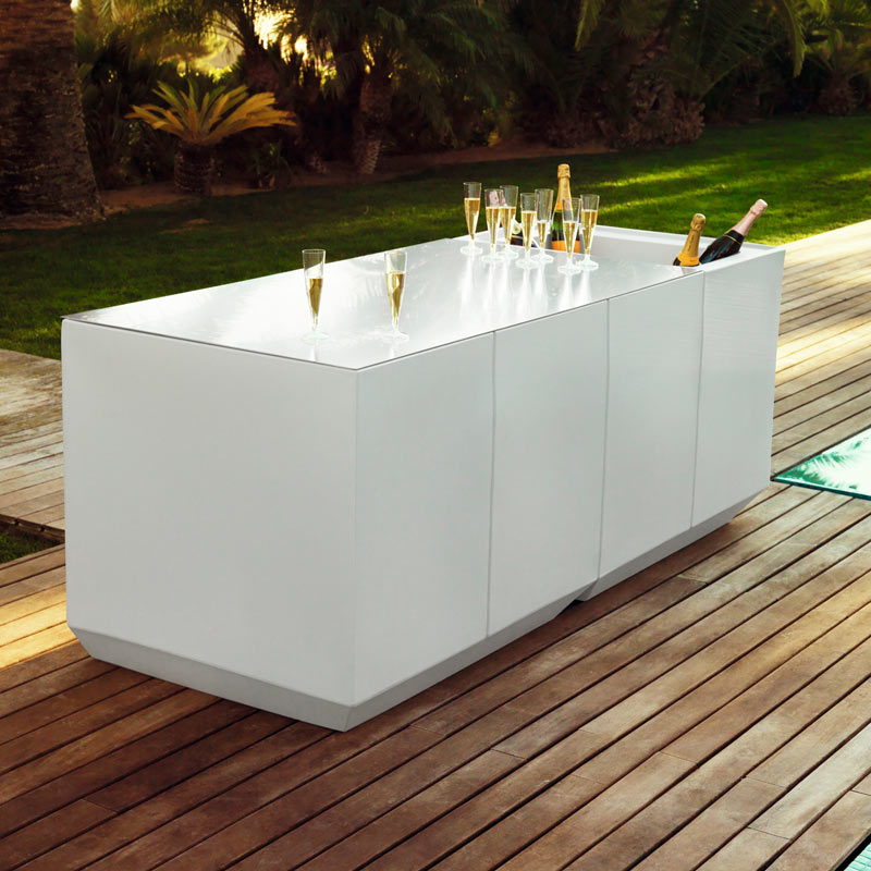 Meuble bar Vela de Vondom 1.jpg